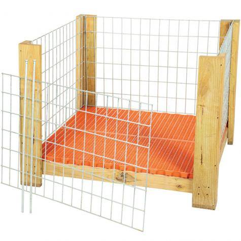 Removable access panel allows shepherds to easily let lambs out for weaning or cleaning. No need to lift heavy lambs up and out of the crate.